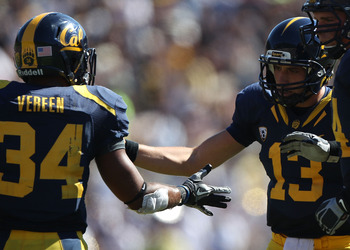 BERKELEY, CA - SEPTEMBER 11:  Kevin Riley #13 of the California Golden Bears celebrates with Shane Vereen #34 against the Colorado Buffaloes at California Memorial Stadium on September 11, 2010 in Berkeley, California.  (Photo by Jed Jacobsohn/Getty Image