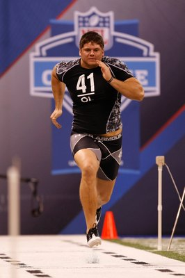 INDIANAPOLIS, IN - FEBRUARY 27: Offensive lineman Jared Veldheer of Hillsdale runs the 40 yard dash during the NFL Scouting Combine presented by Under Armour at Lucas Oil Stadium on February 27, 2010 in Indianapolis, Indiana. (Photo by Scott Boehm/Getty I