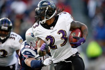 FOXBORO, MA - JANUARY 10:  Willis McGahee #23 of the Baltimore Ravens runs the ball against the New England Patriots during the 2010 AFC wild-card playoff game at Gillette Stadium on January 10, 2010 in Foxboro, Massachusetts. The Ravens won 33-14.  (Phot