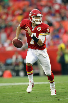 KANSAS CITY, MO - SEPTEMBER 02:  Quarterback Matt Cassel #7 of the Kansas City Chiefs scrambles during the game against the Green Bay Packers on September 2, 2010 at Arrowhead Stadium in Kansas City, Missouri.  (Photo by Jamie Squire/Getty Images)