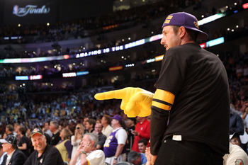 LOS ANGELES, CA - JUNE 17:  Actor David Arquette sits courtside at Game Seven of the 2010 NBA Finals at Staples Center between the Boston Celtics and the Los Angeles Lakers on June 17, 2010 in Los Angeles, California.  NOTE TO USER: User expressly acknowl