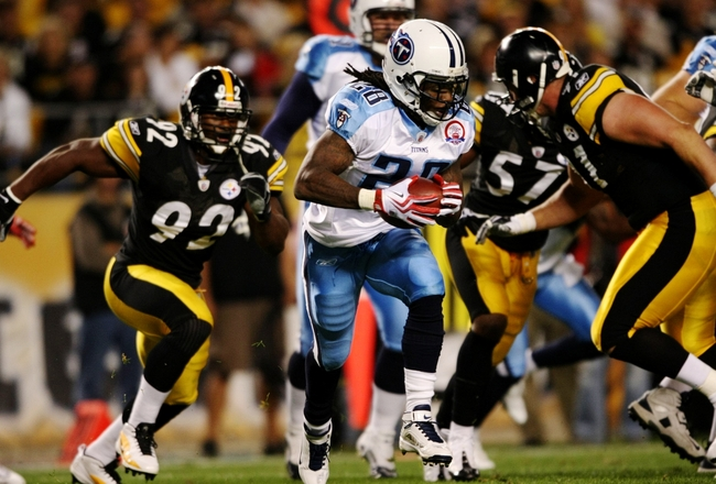 PITTSBURGH - SEPTEMBER 10:  Runningback Chris Johnson #28 of the Tennessee Titans carries the ball during the first quarter of the NFL season opener against the Pittsburgh Steelers at Heinz Field on September 10, 2009 in Pittsburgh, Pennsylvania. (Photo b