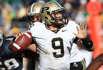 SOUTH BEND, IN - SEPTEMBER 04: Robert Marve #9 of the Purdue Boilermakers throws a pass against the Notre Dame Fighting Irish at Notre Dame Stadium on September 4, 2010 in South Bend, Indiana. Notre Dame defated Purdue 23-12. (Photo by Jonathan Daniel/Get