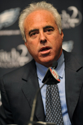 PHILADELPHIA - AUGUST 14: Owner Jeff Lurie of the Philadelphia Eagles speaks at a press conference introducing Michael Vick at the NovaCare Complex on August 14, 2009 in Philadelphia, Pennsylvania. Vick signed a one-year contract, with a second year optio