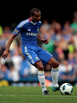 LONDON, ENGLAND - AUGUST 14:  Ashley Cole of Chelsea passes the ball during the Barclays Premier League match between Chelsea and West Bromwich Albion at Stamford Bridge on August 14, 2010 in London, England.  (Photo by Phil Cole/Getty Images)