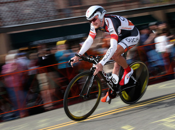 SOLVANG, CA - FEBRUARY 20:  Floyd Landis of USA, riding for Ouch presented by Maxxis, competes in the Individual Time Trial on Stage 6 of the AMGEN Tour of California on February 20, 2009 in Solvang, California.  (Photo by Christian Petersen/Getty Images)