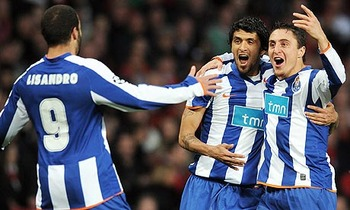 Porto-celebrate-their-ope-001_display_image
