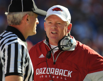 GAINESVILLE, FL - OCTOBER 17: Coach Bobby Petrino of the Arkansas Razorbacks directs play against the Florida Gators October 17, 2009 at Ben Hill Griffin Stadium in Gainesville, Florida.  (Photo by Al Messerschmidt/Getty Images)