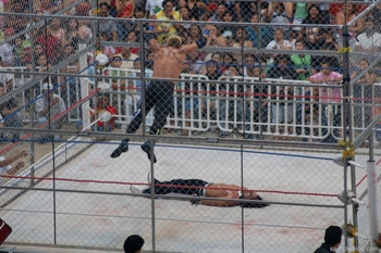 Cage-match1_display_image