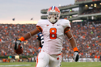 AUBURN, AL - SEPTEMBER 18:  Jamie Harper #8 of the Clemson Tigers scores a touchdown against the Auburn Tigers at Jordan-Hare Stadium on September 18, 2010 in Auburn, Alabama.  (Photo by Kevin C. Cox/Getty Images)