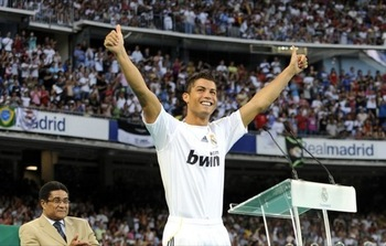 Cristiano_ronaldo_real_madrid_2009-3_display_image