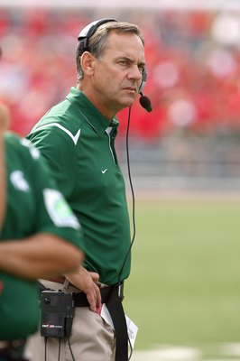 MADISON, WI - SEPTEMBER 26: Head coach Mark Dantonio of the Michigan State Spartans looks on from the sidelines against the Wisconsin Badgers on September 26, 2009 at Camp Randall Stadium in Madison, Wisconsin. (Photo by Jonathan Daniel/Getty Images)