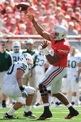 COLUMBUS, OH - SEPTEMBER 18:  Terrelle Pryor #2 of the Ohio State Buckeyes throws a pass against the Ohio Bobcats at Ohio Stadium on September 18, 2010 in Columbus, Ohio. Pryor threw two touchdown passes and ran for one touchdown in the Buckeyes' 43-7 win