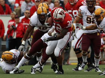 MADISON, WI - SEPTEMBER 18: John Clay #32 of the Wisconsin Badgers runs for yardage against the Arizona State Sun Devils at Camp Randall Stadium on September 18, 2010 in Madison, Wisconsin. Wisconsin defeated Arizona State 20-19. (Photo by Jonathan Daniel