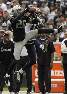 Rams_raiders_football_sff_70894_team_display_image
