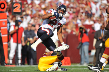 LANDOVER, MD - SEPTEMBER 19:  Arian Foster #23 of the Houston Texans runs the ball against the Washington Redskins at FedExField on September 19, 2010 in Landover, Maryland. The Redskins lead Texans 20-7 at the half. (Photo by Larry French/Getty Images)