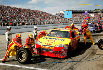 LOUDON, NH - SEPTEMBER 19: Kevin Harvick, driver of the #29 Shell / Pennzoil Chevrolet makes a pit stop during the NASCAR Sprint Cup Series Sylvania 300 at New Hampshire Motor Speedway on September 19, 2010 in Loudon, New Hampshire.  (Photo by Jerry Markl