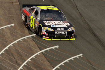 LOUDON, NH - SEPTEMBER 19:  Jeff Gordon, driver of the #24 DuPont / Facebook National Guard Chevrolet, races during the NASCAR Sprint Cup Series Sylvania 300 at New Hampshire Motor Speedway on September 19, 2010 in Loudon, New Hampshire.  (Photo by Elsa/G