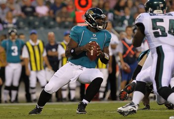 PHILADELPHIA - AUGUST 13:  David Garrard #9 of the Jacksonville Jaguars passes against the Philadelphia Eagles during their preseason game at Lincoln Financial Field on August 13, 2010 in Philadelphia, Pennsylvania.  (Photo by Nick Laham/Getty Images)