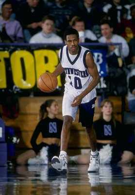 25 Jan 1995:  Guard Dion Lee of the the Northwestern Wildcats in action during a game against the Purdue Boilermakers.  Purdue defeated Northwestern 96-84. Mandatory Credit: Jonathan Daniel  /Allsport