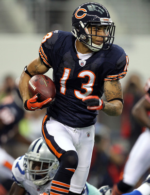 ARLINGTON, TX - SEPTEMBER 19:  Wide receiver Johnny Knox #13 of the Chicago Bears runs the ball against the Dallas Cowboys at Cowboys Stadium on September 19, 2010 in Arlington, Texas.  (Photo by Ronald Martinez/Getty Images)