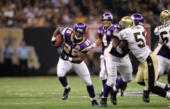 NEW ORLEANS - SEPTEMBER 09:  Adrian Peterson #28 of the Minnesota Vikings at Louisiana Superdome on September 9, 2010 in New Orleans, Louisiana.  (Photo by Ronald Martinez/Getty Images)