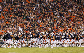 AUBURN, AL - SEPTEMBER 18:  The Auburn Tigers rush downfield to the south end zone before the beginning of the fourth quarter against the Clemson Tigers at Jordan-Hare Stadium on September 18, 2010 in Auburn, Alabama.  (Photo by Kevin C. Cox/Getty Images)