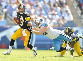 NASHVILLE, TN - SEPTEMBER 19:  Dave Ball #98 of the Tennessee Titans sacks quarterback Charlie Batch #16 at LP Field on September 19, 2010 in Nashville, Tennessee. The Steelers won 19-11.  (Photo by Grant Halverson/Getty Images)