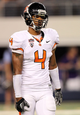 ARLINGTON, TX - SEPTEMBER 04:  Cornerback James Dockery #4 of the Oregon State Beavers at Cowboys Stadium on September 4, 2010 in Arlington, Texas.  (Photo by Ronald Martinez/Getty Images)