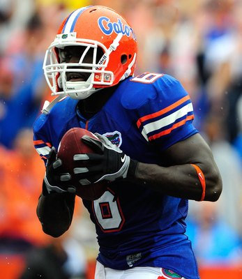 GAINESVILLE, FL - SEPTEMBER 12:  Deonte Thompson #6 of the Florida Gators makes a reception for a touchdown during the game against the Troy Trojans at Ben Hill Griffin Stadium on September 12, 2009 in Gainesville, Florida.  (Photo by Sam Greenwood/Getty
