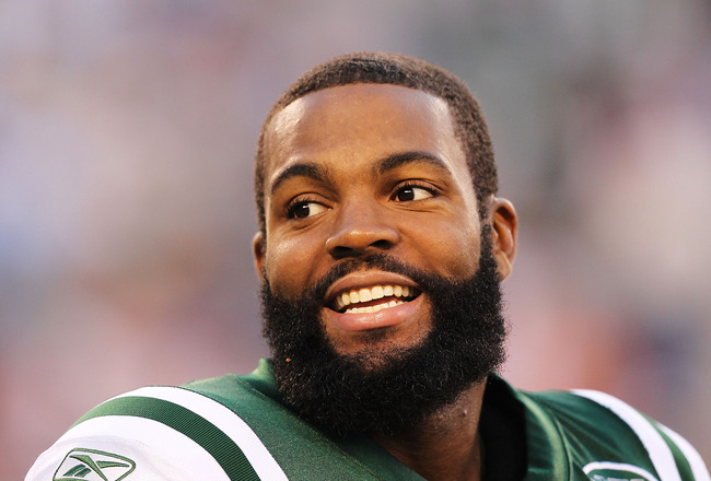 EAST RUTHERFORD, NJ - AUGUST 27:  Braylon Edwards #17 of the New York Jets in action against the Washington Redskins  during their preseason game on August 27, 2010 at the New Meadowlands Stadium  in East Rutherford, New Jersey.  (Photo by Al Bello/Getty 