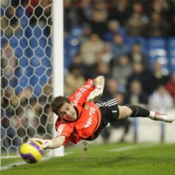 Iker-casillas_display_image