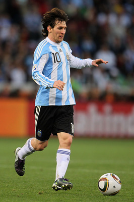 CAPE TOWN, SOUTH AFRICA - JULY 03:  Lionel Messi of Argentina in action during the 2010 FIFA World Cup South Africa Quarter Final match between Argentina and Germany at Green Point Stadium on July 3, 2010 in Cape Town, South Africa.  (Photo by Chris McGra