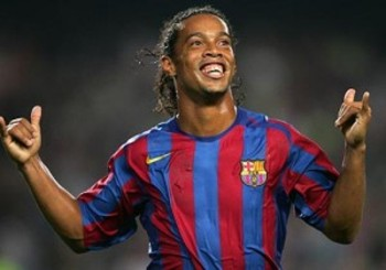 Ronaldinho-barcelona1-300x210_display_image