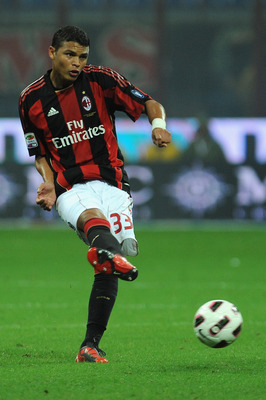 MILAN, ITALY - SEPTEMBER 18:  Thiago Silva of AC Milan in action during the Serie A match between AC Milan and Catania Calcio at Stadio Giuseppe Meazza on September 18, 2010 in Milan, Italy.  (Photo by Valerio Pennicino/Getty Images)