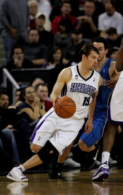 SACRAMENTO, CA - JANUARY 12:  Beno Udrih #19 of the Sacramento Kings in action during their game against the Orlando Magic at ARCO Arena on January 12, 2010 in Sacramento, California.  NOTE TO USER: User expressly acknowledges and agrees that, by download