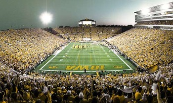 Kinnickstadium-iowa_display_image
