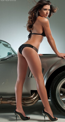 Danica-patrick-sports-illustrated-swimsuit-issue-2009-06_original_display_image