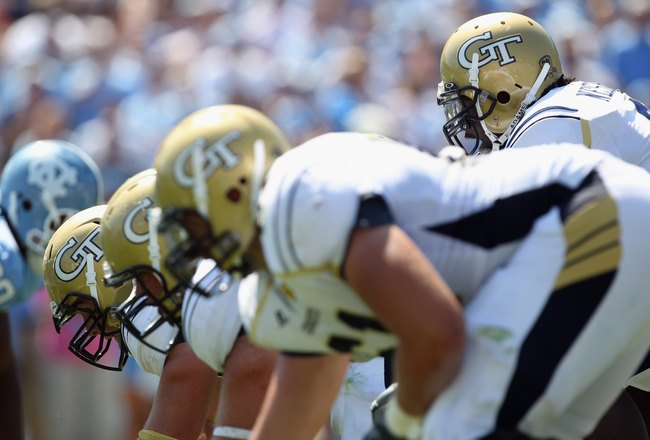 CHAPEL HILL, NC - SEPTEMBER 18:  Joshua Nesbitt #9 of the Georgia Tech Yellow Jackets against the North Carolina Tar Heels during their game at Kenan Stadium on September 18, 2010 in Chapel Hill, North Carolina.  (Photo by Streeter Lecka/Getty Images)