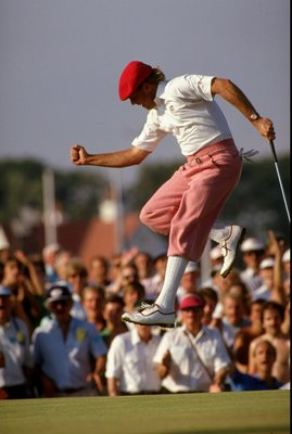 31 Jul 1989:  Payne Stewart of the USA jumps for joy as he birdies at the 17th during the British Open at Royal Troon Golf Club in Scotland. \ Mandatory Credit: David  Cannon/Allsport
