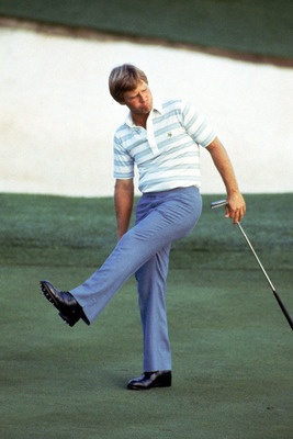 AUGUSTA - 1984:  Ben Crenshaw coaxes the ball into the hole during the 1984 U.S. Masters tournament in Augusta National Golf Club in Augusta, Georgia.  Crenshaw won the tournament and the first of two green jackets.  (Photo by David Cannon/Getty Images)