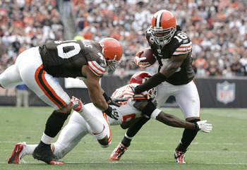 CLEVELAND - SEPTEMBER 19:  Wide receiver Joshua Cribbs #16 of the Cleveland Browns avoids a tackle by cornerback Brandon Flowers #24 of the Kansas City Chiefs at Cleveland Browns Stadium on September 19, 2010 in Cleveland, Ohio.  (Photo by Matt Sullivan/G