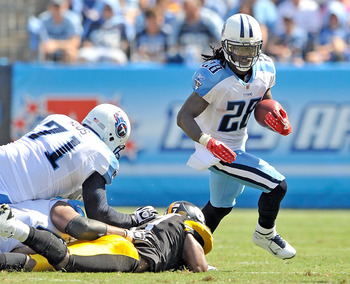 NASHVILLE, TN - SEPTEMBER 19:  Chris Johnson #28 of the Tennessee Titans runs against the Pittsburgh Steelers at LP Field on September 19, 2010 in Nashville, Tennessee. The Steelers won 19-11.  (Photo by Grant Halverson/Getty Images)