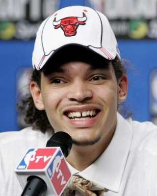 Joakim-noah-ugly_display_image