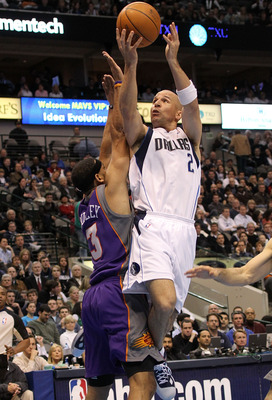 DALLAS - FEBRUARY 17:  Guard Jason Kidd #2 of the Dallas Mavericks takes a shot against Jared Dudley #3 of the Phoenix Suns on February 17, 2010 at American Airlines Center in Dallas, Texas.  NOTE TO USER: User expressly acknowledges and agrees that, by d