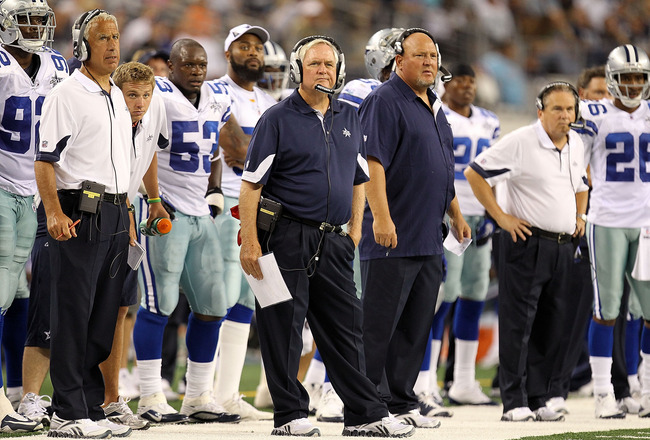 ARLINGTON, TX - SEPTEMBER 02:  Head coach Wade Phillips of the Dallas Cowboys on the sidelines during a preseason game against the Miami Dolphins at Cowboys Stadium on September 2, 2010 in Arlington, Texas.  (Photo by Ronald Martinez/Getty Images)
