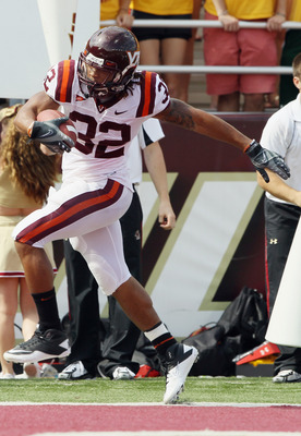 CHESTNUT HILL, MA - SEPTEMBER 25:  Darren Evans #32 of the Virginia Tech Hokies runs the ball in for a touchdown in the second quarter against the Boston College Eagles on September 25, 2010 at Alumni Stadium in Chestnut Hill, Massachusetts.  (Photo by El