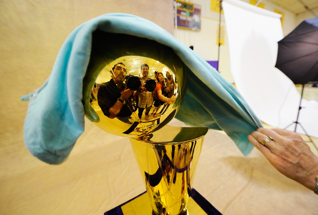 EL SEGUNDO, CA - SEPTEMBER 25:  NBA Finals Larry O'Brien Championship Trophy is covered with a protective cloth as it rest on a stand during Los Angeles Lakers Media Day at the Toyota Center on September 25, 2010 in El Segundo, California. NOTE TO USER: U
