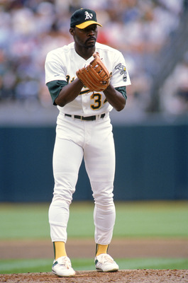 OAKLAND - 1990:  Pitcher Dave Stewart #34 of the Oakland Athletics on the mound during the 1990 season at Oakland Alameda County Stadium in Oakland, California. (Photo by Otto Greule Jr/Getty Images)