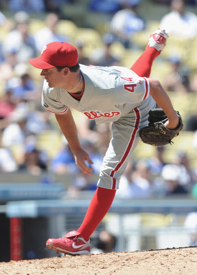 LOS ANGELES, CA - SEPTEMBER 01:  Roy Oswalt #44 of the Philadelphia Phillies pitches against the Los Angeles Dodgers during the fifth inning at Dodger Stadium on September 1, 2010 in Los Angeles, California.  (Photo by Harry How/Getty Images)